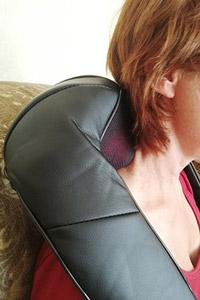 Массажер для шеи, плеч, живота и поясницы Шиацу с подогревом Naipo MGS-801: отзывы TestUP-клуба