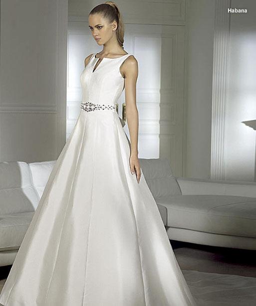 Свадебный образ  выбор стиля свадебного платья и макияжа 2116cf4a281