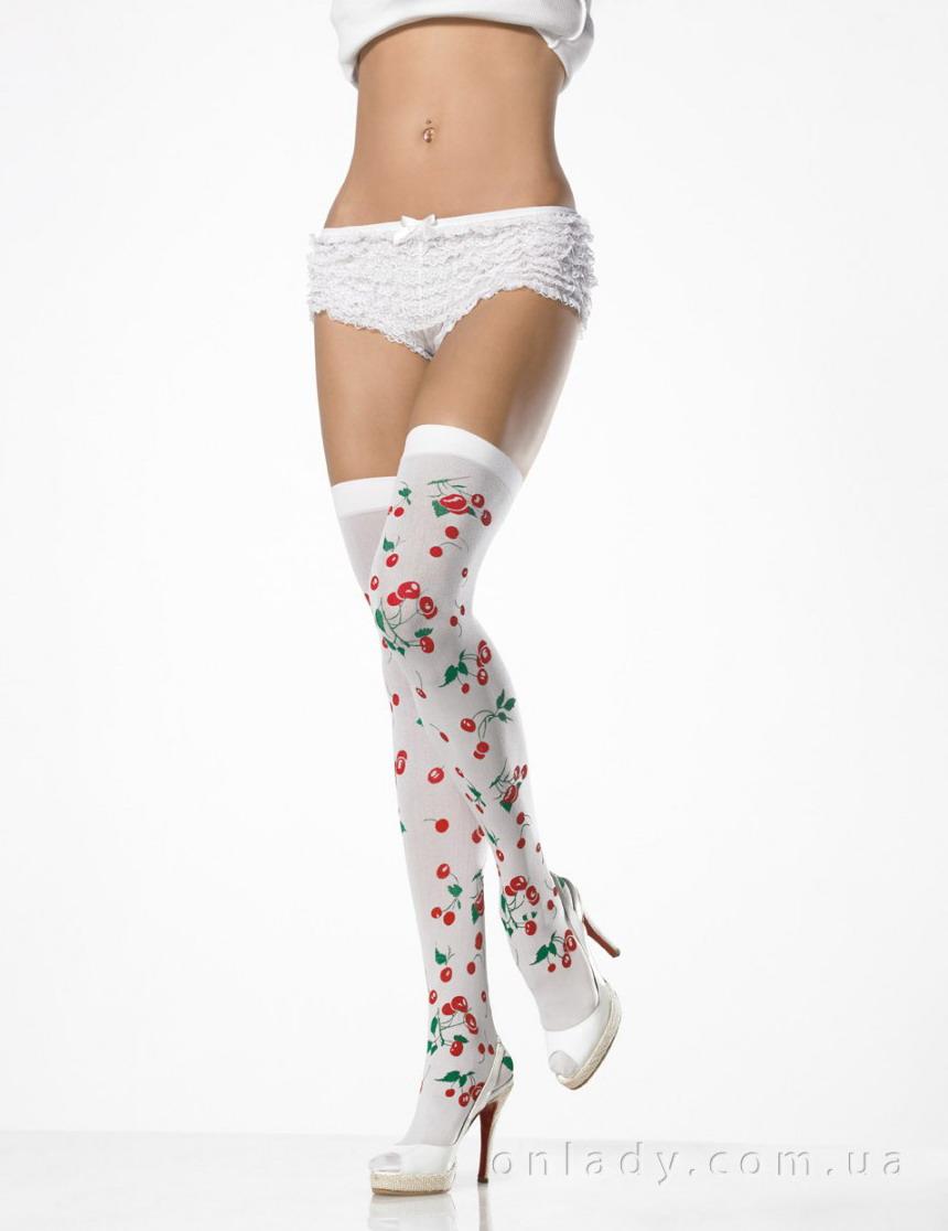 Женские ножки в чулочках на подвязках