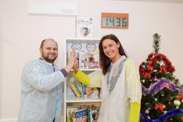 Первая мини-библиотека открыта в одном из роддомов г. Минска