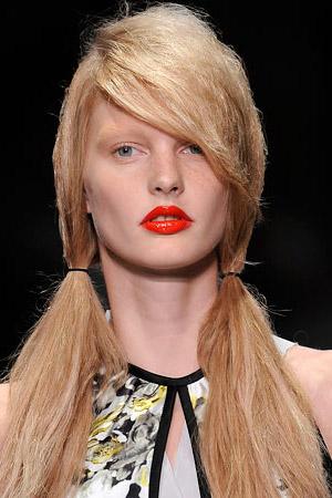 Тенденции в макияже. Сезон весна-лето 2010. Prada