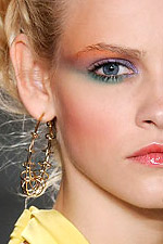 Тенденции в макияже. Сезон весна-лето 2010. Derek Lam