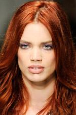 Тенденции в макияже. Сезон весна-лето 2010. Versace