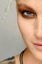 Тенденции в макияже. Сезон весна-лето 2010. Jean Paul Gaultier