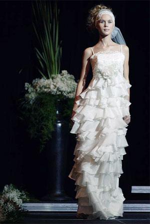 ...2009 Показ коллекции 2009 года Дома свадебной и вечерней моды Papilio.