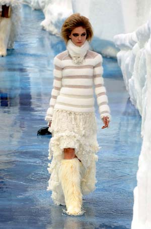 Chanel Fall/Winter 2010/2011