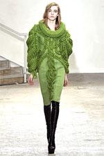модные вязаные свитера 2012