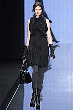 Теплое вязаное платье спицами, схемы вышивки крестом и схемы вышивка...