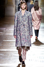 ��������� ������ � ������� Dries Van Noten